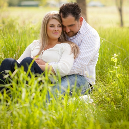 Amanda and Matt: elegant farming Engagement