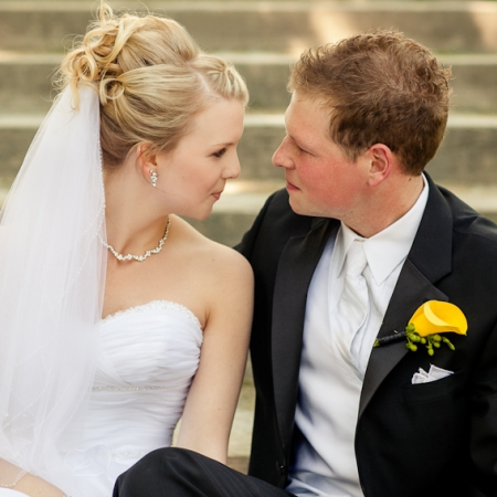 Courtney and Tom: bright eyes, bright colours Wedding