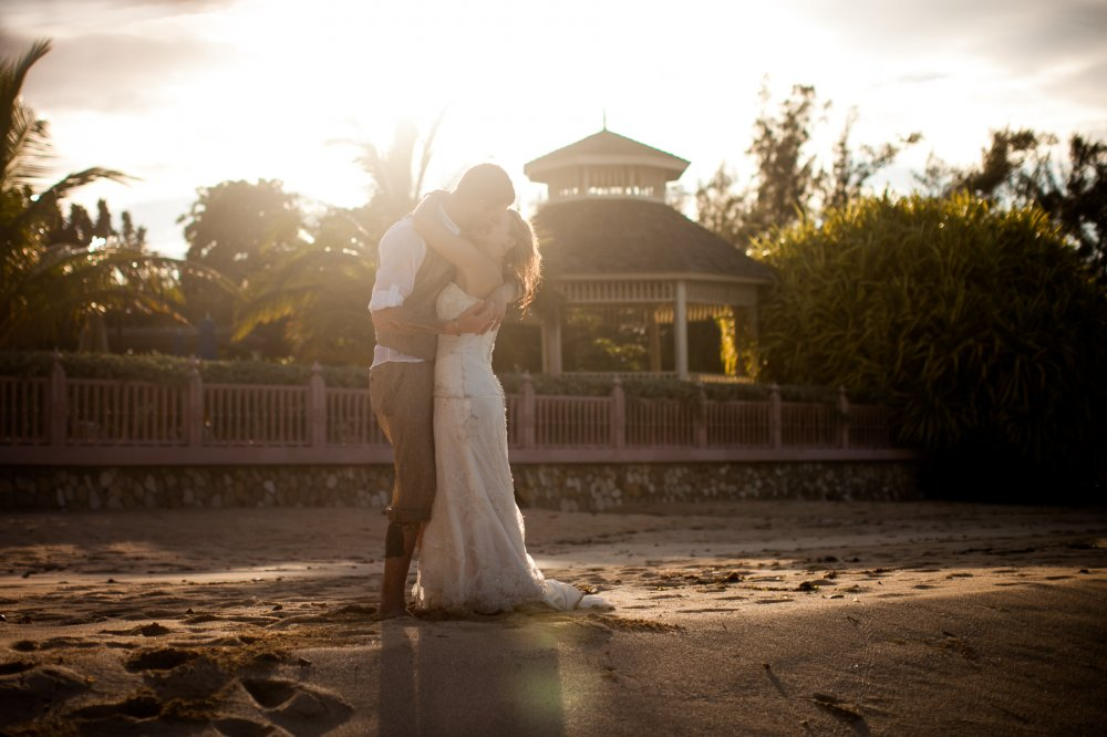 JF Hannigan Wedding Photography: Kat and Dan: wave breakers 6