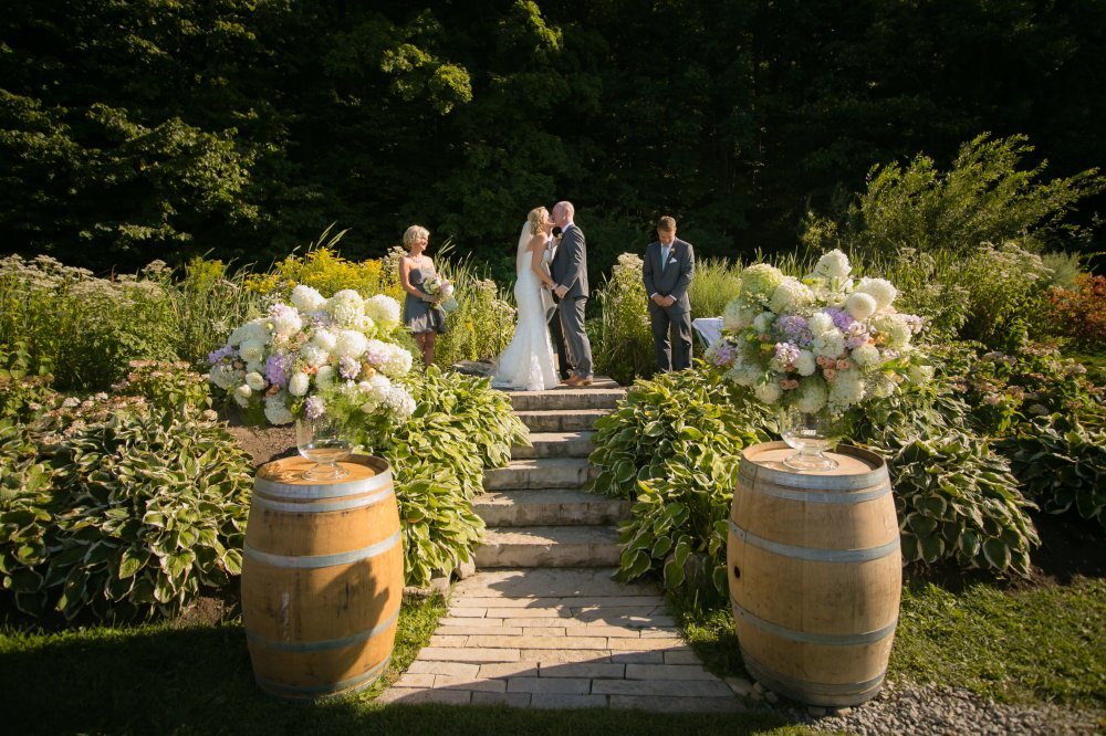 JF Hannigan Wedding Photography: Amanda and Will: party in the vineyard 54