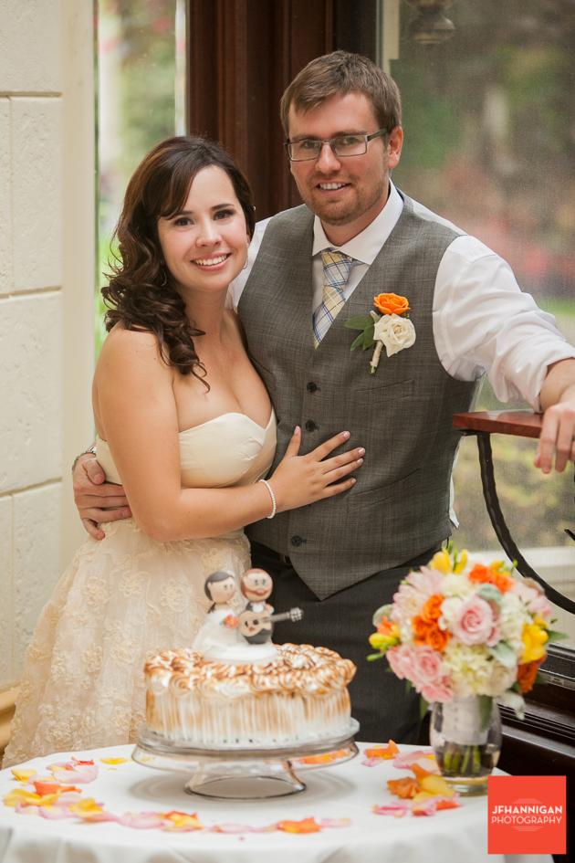 Wedding Cake, Wedding Reception, Wedding Day, Bride and Groom, Niagara Wedding Photography, Niagara Wedding Photographer