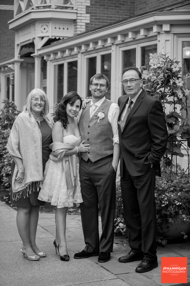 black and white, Family wedding photos, Wedding Reception, Wedding Day, Bride and Groom, Niagara Wedding Photography, Niagara Wedding Photographer