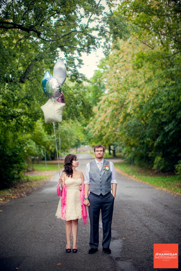balloons, Wedding Day, Bride and Groom, Niagara Wedding Photography, Niagara Wedding Photographer