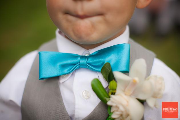 niagara, wedding, photographer, joel, hannigan, legends estate winery, child, bowtie, blue