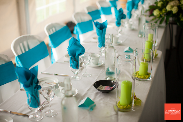 niagara, wedding, photographer, joel, hannigan, legends estate winery, table, blue