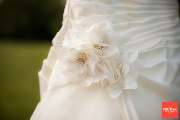 niagara, wedding, photographer, joel, hannigan, dress