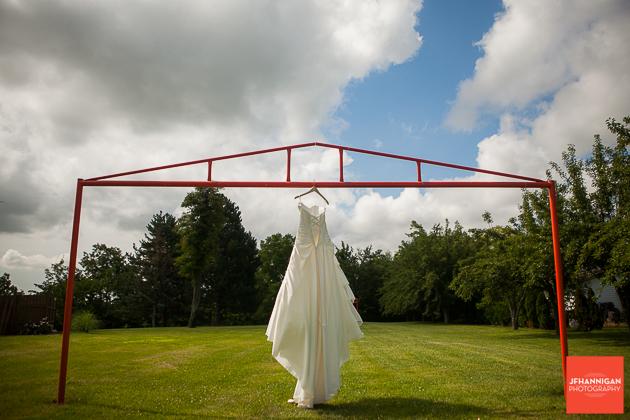 niagara, wedding, photographer, joel, hannigan, dress, wide angle
