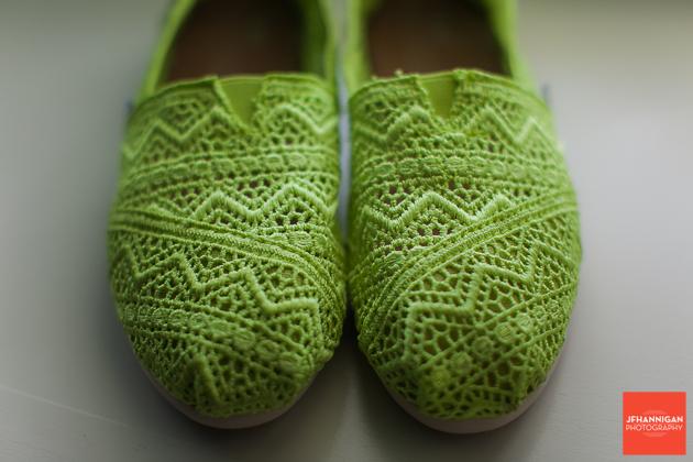 niagara, wedding, photographer, joel, hannigan, shoes, green