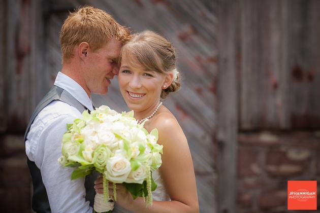 niagara, wedding, photography, joel, hannigan, flowers, bride, groom