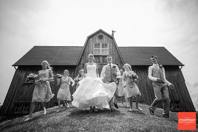 niagara, wedding, photography, joel, hannigan, party, running, bride, groom
