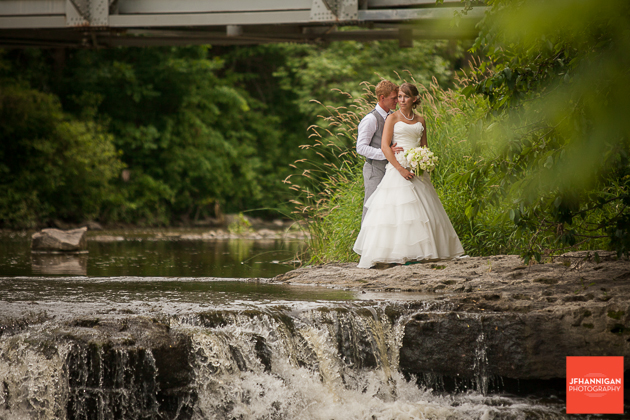 niagara, wedding, photography, joel, hannigan, bride, bridge, groom, waterfall