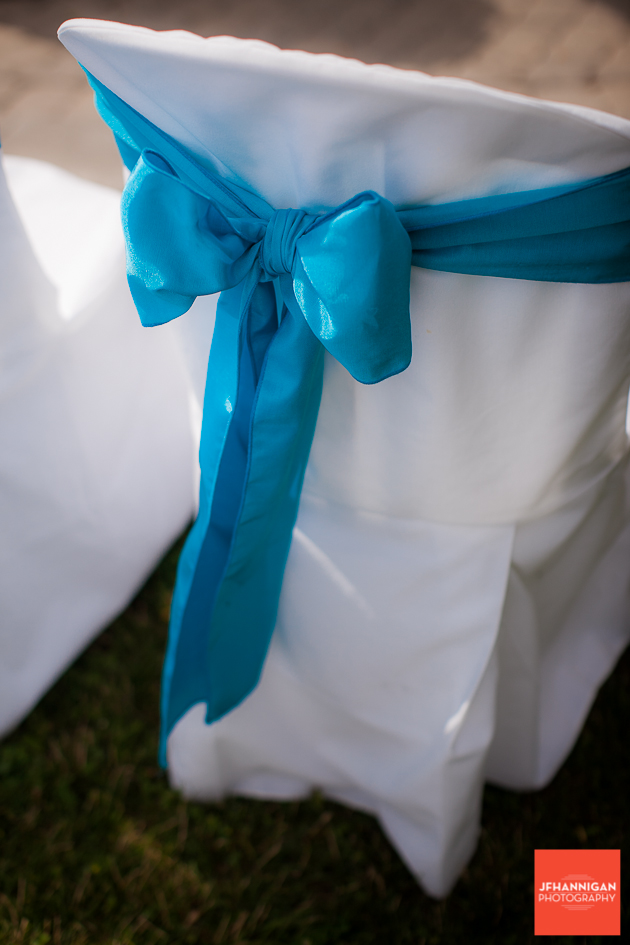 niagara, wedding, photography, joel, hannigan, balls falls, bow, chair, blue