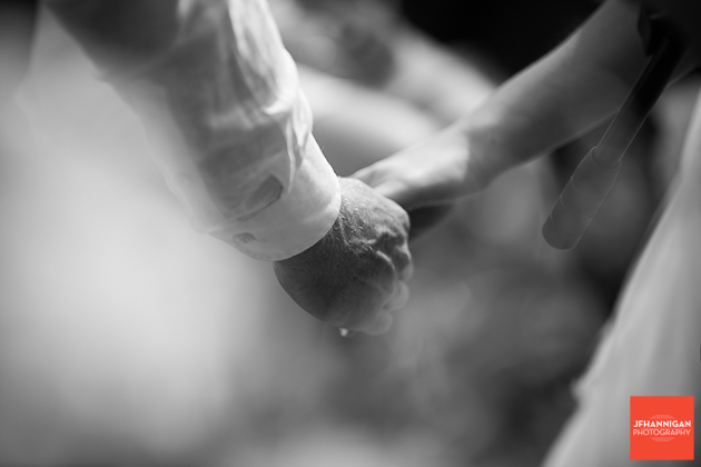 niagara, wedding, photographer, joel, hannigan, legends estate winery, hands
