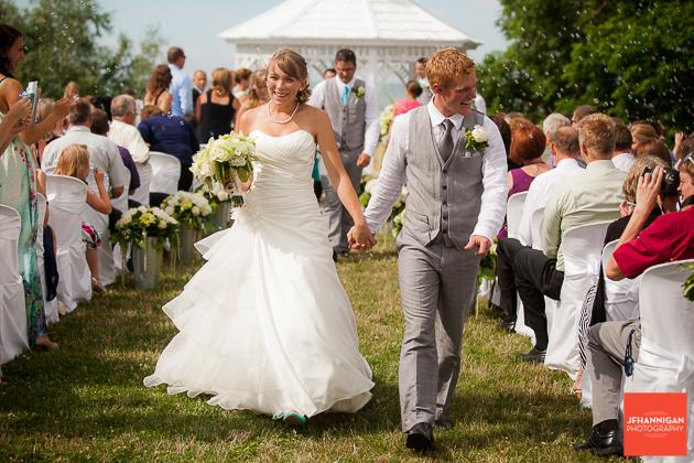 niagara, wedding, photographer, joel, hannigan, legends estate winery, husband, wife, bride, groom