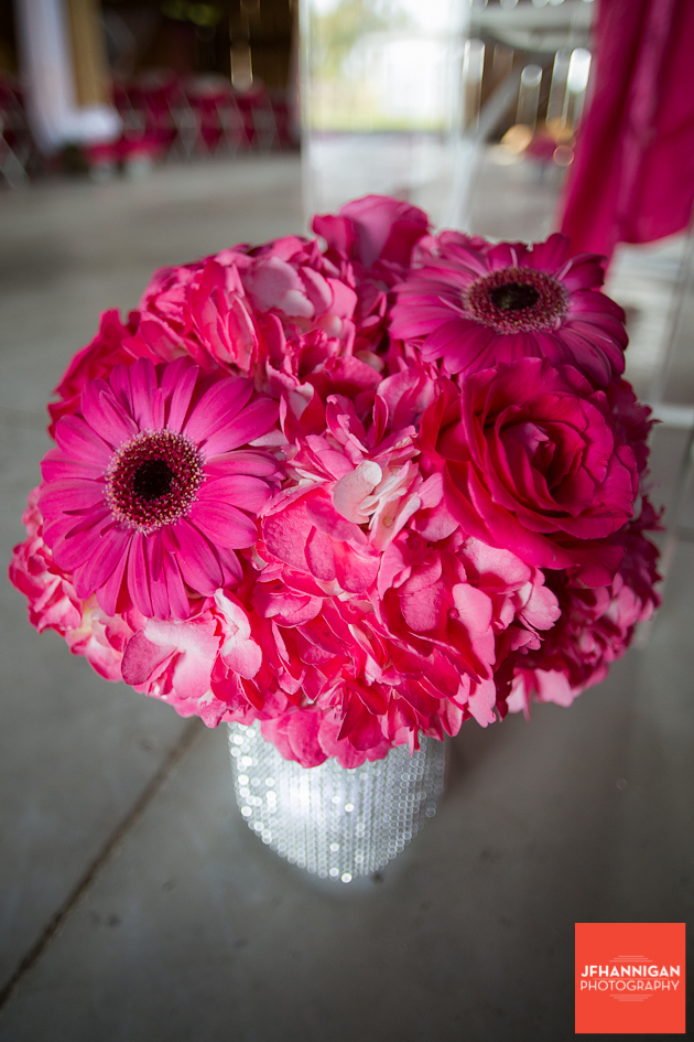 wedding decorations with pink gerber daisy
