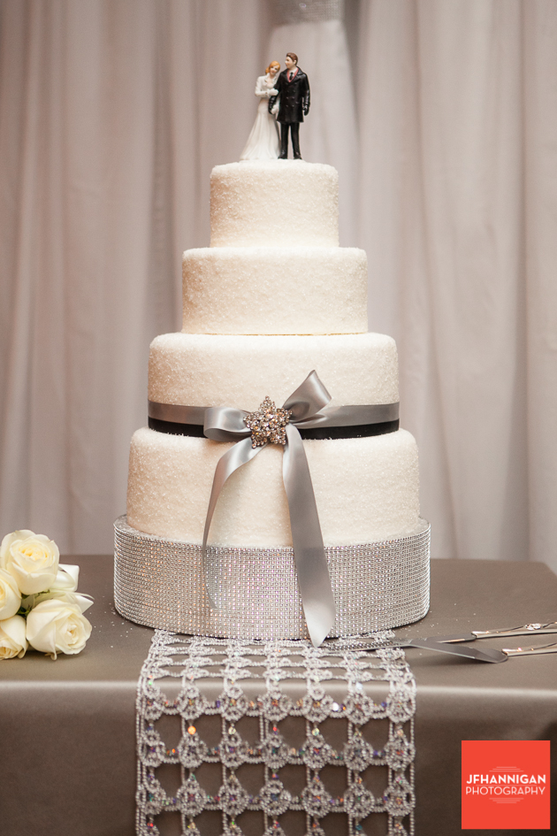 wedding cake with taupe accents
