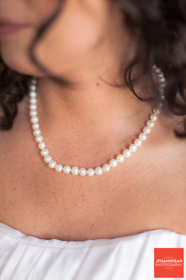 brides pearl necklace