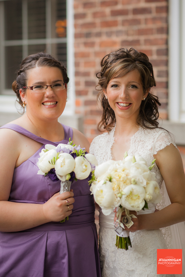 Bride, Bridesmaid, Wedding Details, Wedding Day, Niagara Wedding Photographer, Niagara Wedding Photography