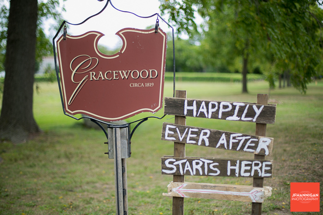 outdoor wedding at Gracewood Niagara-on-the-Lake