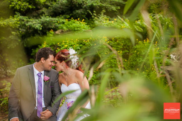 niagara, wedding, joel, hannigan, photography, bride, groom, tounge