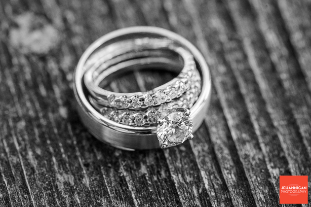 niagara, wedding, joel, hannigan, photography, bride, groom, rings