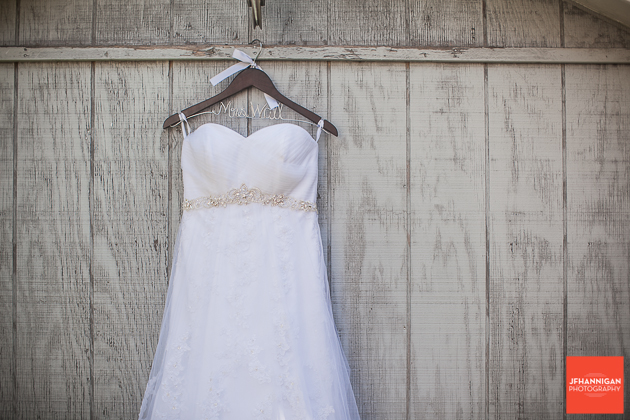 niagara, wedding, dress, barn,