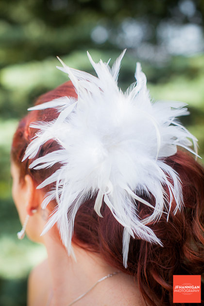 niagara, wedding, joel, hannigan, photography, feathers, white, hair, red