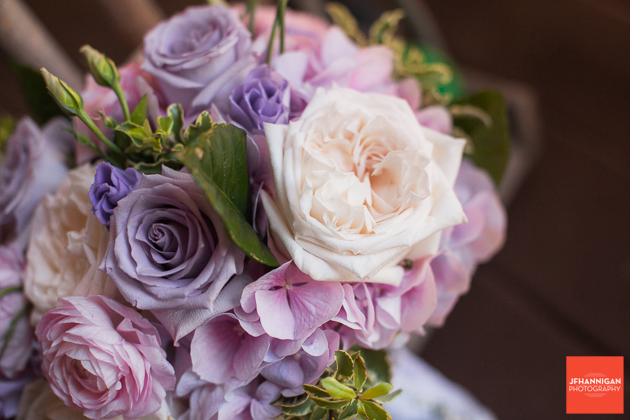 bridal bouquet in mauve pink