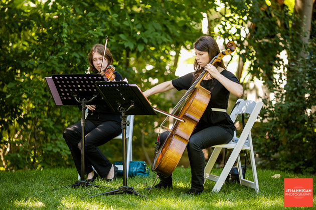 cello and violin music for outdoor wedding